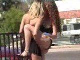 poljubljanje in lizanje pičke v javnosti