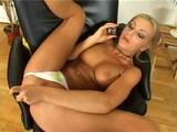vroč telefonski seks