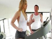 Nora zabava v fitnes klubu