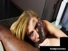 Sara obožuje velik kurac od črnca